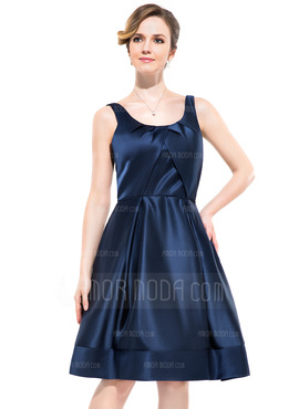 A-Line/Princess Scoop Neck Knee-Length Satin Bridesmaid Dress With Ruffle (007052349)