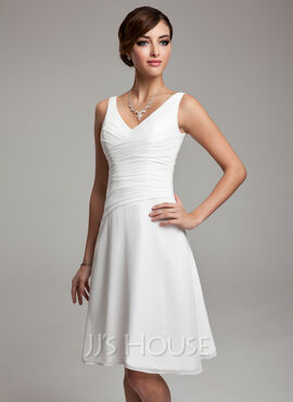 Jj 39 s house bridesmaid dresses the knot for Jj wedding dresses reviews