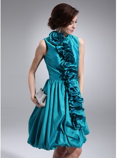 A-Line/Princess Scoop Neck Knee-Length Taffeta Cocktail Dress With Ruffle