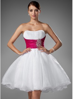 A-Line/Princess Sweetheart Short/Mini Taffeta Organza Wedding Dress With Ruffle Sashes Beadwork (002004011)