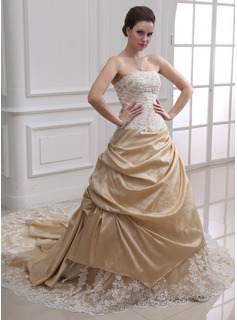 A-Line/Princess Strapless Cathedral Train Taffeta Tulle Wedding Dress With Ruffle Lace Beadwork (002000380)