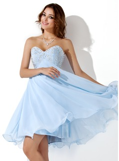 Empire Sweetheart Knee-Length Chiffon Homecoming Dress With Beading (022020904)