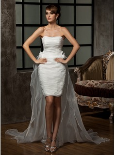 Sheath/Column Sweetheart Asymmetrical Organza Wedding Dress With Ruffle Flower(s)