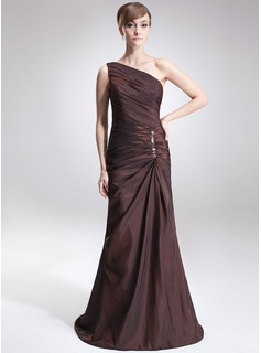 A-Line/Princess One-Shoulder Sweep Train Taffeta Mother of the Bride Dress With Ruffle Beading