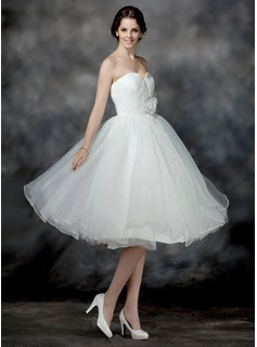 A-Line/Princess Sweetheart Knee-Length Organza Wedding Dress With Ruffle Flower(s) Sequins