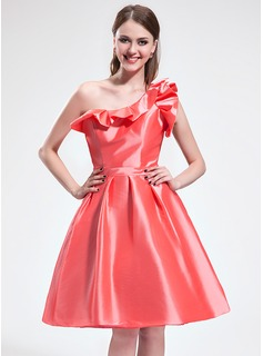 A-Line/Princess One-Shoulder Knee-Length Taffeta Homecoming Dress With Cascading Ruffles