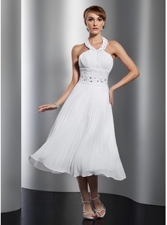 A-Line/Princess Halter Tea-Length Chiffon Homecoming Dress With Ruffle Beading