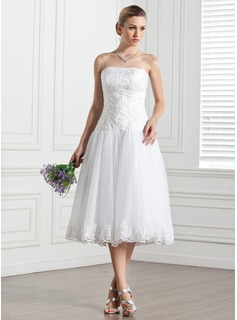 A-Line/Princess Strapless Knee-Length Satin Tulle Wedding Dress With Lace (002000133)