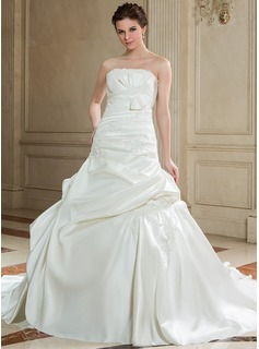 Ball-Gown Strapless Chapel Train Satin Wedding Dress With Ruffle Lace Beading Bow