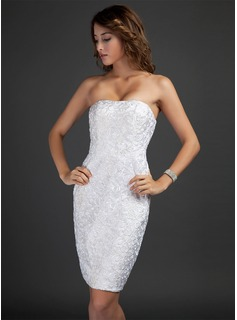 Sheath/Column Strapless Knee-Length Lace Cocktail Dress