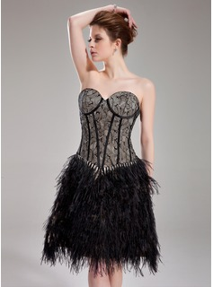 A-Line/Princess Sweetheart Knee-Length Charmeuse Feather Cocktail Dress With Lace