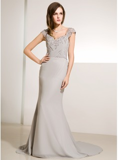 Trumpet/Mermaid V-neck Court Train Chiffon Tulle Mother of the Bride Dress With Ruffle Lace Beading