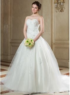 Ball-Gown Sweetheart Chapel Train Tulle Wedding Dress With Ruffle Lace Beadwork