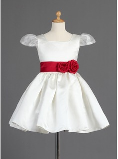 A-Line/Princess Square Neckline Knee-Length Organza Satin Flower Girl Dress With Sash Flower(s)