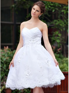 A-Line/Princess Sweetheart Knee-Length Taffeta Organza Wedding Dress With Ruffle Lace Beading Flower(s)