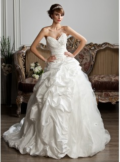 Ball-Gown Sweetheart Chapel Train Taffeta Tulle Wedding Dress With Ruffle Beadwork Feather Appliques
