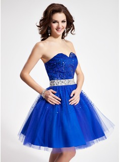 A-Line/Princess Sweetheart Short/Mini Tulle Charmeuse Sequined Homecoming Dress With Sash Beading