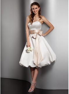A-Line/Princess Sweetheart Knee-Length Satin Wedding Dress With Sash Bow