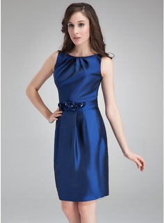 Sheath Scoop Neck Knee-Length Taffeta Cocktail Dress With Ruffle Flower(s)