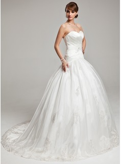 Ball-Gown Sweetheart Chapel Train Organza Satin Wedding Dress With Appliques Lace
