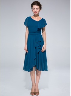 A-Line/Princess Asymmetrical Chiffon Mother of the Bride Dress With Ruffle