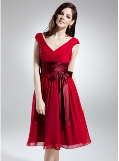 A-Line/Princess V-neck Knee-Length Chiffon Charmeuse Bridesmaid Dress With Ruffle Sash Bow(s)