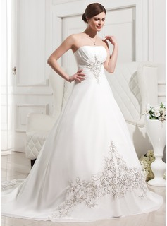 A-Line/Princess Strapless Chapel Train Chiffon Wedding Dress With Embroidery Ruffle (002011763)