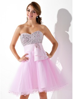 Empire Sweetheart Knee-Length Satin Tulle Homecoming Dress With Beading Sequins (022020962)