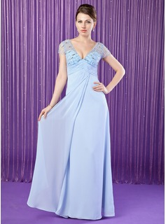 A-Line/Princess V-neck Floor-Length Chiffon Tulle Mother of the Bride Dress With Ruffle Beading