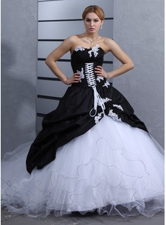 Ball-Gown Sweetheart Cathedral Train Taffeta Tulle Wedding Dress With Ruffle Appliques Lace