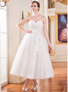A-Line/Princess Sweetheart Tea-Length Taffeta Tulle Wedding Dress With Ruffle Flower(s)
