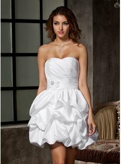 A-Line/Princess Sweetheart Short/Mini Taffeta Wedding Dress With Ruffle Beadwork Flower(s) (002011550)
