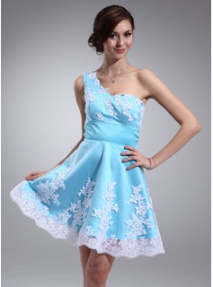 A-Line/Princess One-Shoulder Short/Mini Satin Homecoming Dress With Embroidered Ruffle Lace