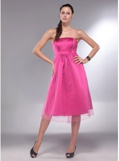 A-Line/Princess Strapless Knee-Length Satin  Tulle Maternity Bridesmaid Dresses With Ruffle