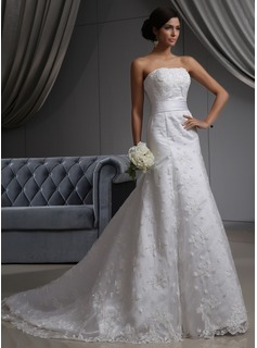 A-Line/Princess Strapless Chapel Train Satin Tulle Wedding Dress With Lace (002022680)