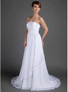 A-Line/Princess Strapless Court Train Chiffon Wedding Dress With Lace Beadwork