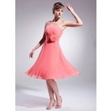 A-Line/Princess Knee-Length Chiffon Cocktail Dress With Ruffle Flower(s) (016008222)