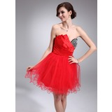 A-Line/Princess Scalloped Neck Short/Mini Satin Tulle Homecoming Dress With Ruffle Beading (022020966)