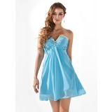 Empire V-neck Short/Mini Chiffon Homecoming Dress With Ruffle Beading