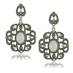 Stylish Alloy Resin With Rhinestone Ladies' Fashion Earrings