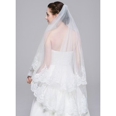One-tier Waltz Bridal Veils With Lace Applique Edge (006078827)