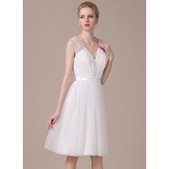 A-Line/Princess V-neck Knee-Length Tulle Wedding Dress With Ruffle Lace Bow(s)