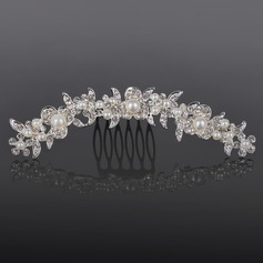 Alloy With Rhinestones Wedding Hair comb (042016804)