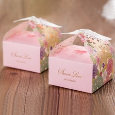 Sweet Love Cubic Floral Design Favor Boxes