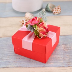 Flower Design Cubic Favor Boxes With Flowers