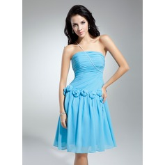 A-Line/Princess One-Shoulder Knee-Length Chiffon Homecoming Dress With Ruffle Beading Flower(s)