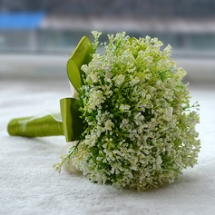 Simple Plastic Bridesmaid Bouquets