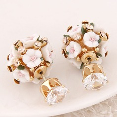 Lovely Alloy Zircon With Rhinestone Ladies' Fashion Earrings