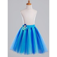 A-Line/Princess Knee-length Flower Girl Dress - Tulle With Beading/Flower(s)