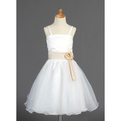A-Line/Princess Knee-length Flower Girl Dress - Organza/Satin Sleeveless With Sash/Flower(s)